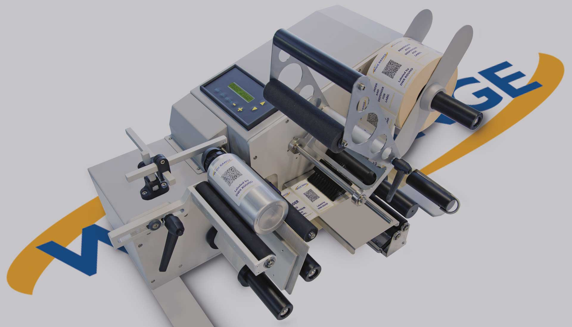 Etiquetadora semiautomática para productos cilíndricos
